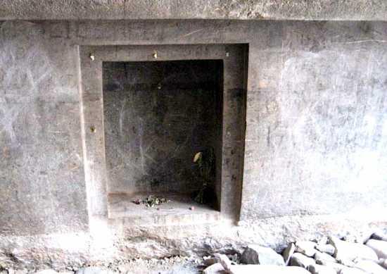 puerta naupa huaca