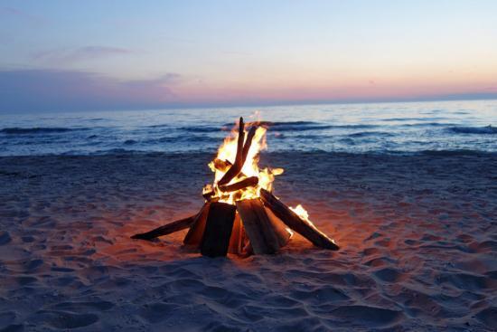 Solsticio de Verano - Fogata en la playa